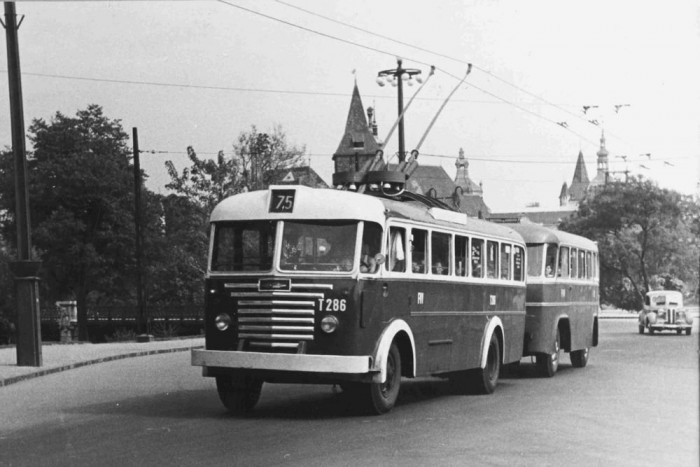 1952-től jártak az IK-60T típusok