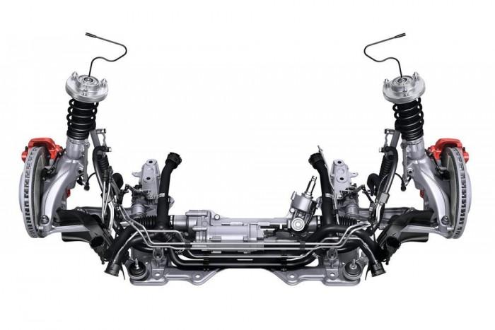 Hidraulikus helyett elektromos szervo segíti a vezetőt, kerek 1 decilitert megtakarítva a fogyasztáson