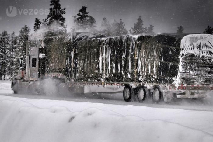 Északon konvojok kelnek át a befagyott vizeken