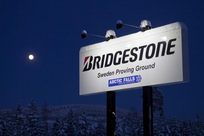 Az Északi Sarkkörtől száz kilométerre van a Bridgestone tesztpályája