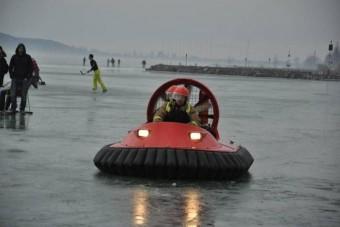 Légpárnás a katasztrófavédelemnél