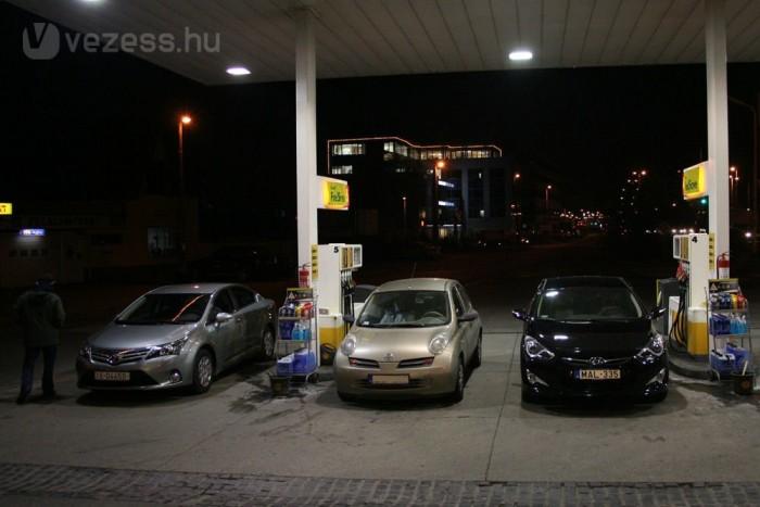 Nálunk az Avensis fogyasztott kevesebbet: 6,4 liter lett az átlaga, az i40-é 7,1 liter százon