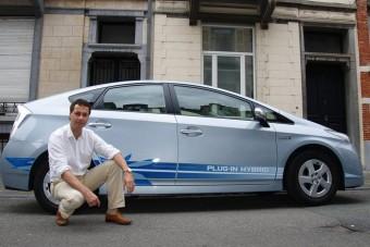 Benzin nélkül autózik a Fidesz-képviselő