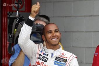 F1: Elvették Hamilton pole-ját