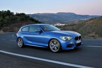 320 LE-s sportmodell a BMW 1-esből