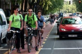 Szupertartós festék az új kerékpársávon