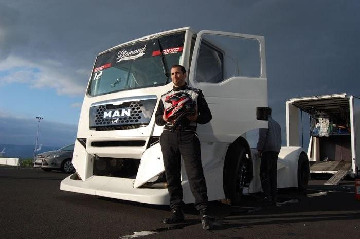Kiss Norbert és az OXXO Energy Truck Race Team 2012-es MAN versenykamionja