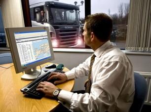 Ellopták a kamiont, a Scania megtalálta