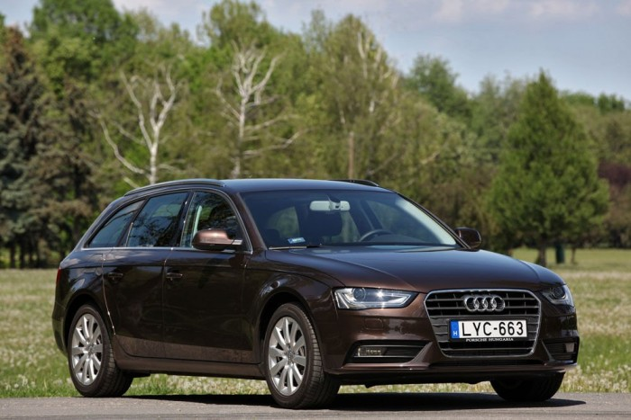 Tavaly év végén újult meg az Audi legnépszerűbb, legjobban fogyó modellje, az A4-es. Ekkor már komoly múlt volt mögötte, közel négy évtizeddel, nyolc generációval, és tízmillió értékesített autóval.