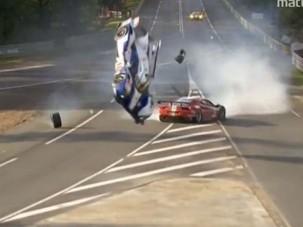 Vérfagyasztó baleset Le Mans-ban