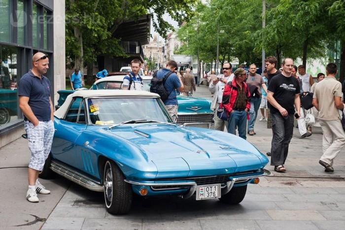 Örültünk a C2-es Corvette-nek is
