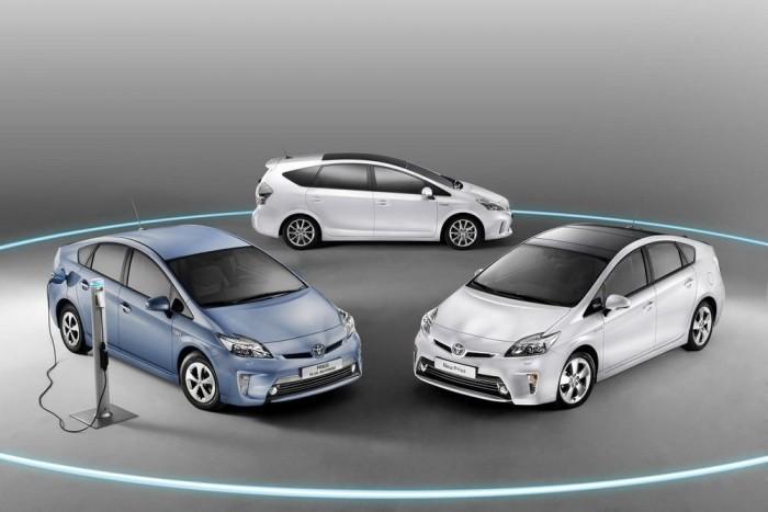 Íme, a Prius és két leszármazottja, a Plug-in és a + egyeterű