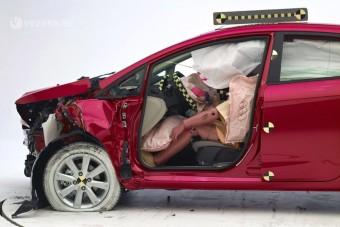 Kötelező lehet a segélyhívó autókba
