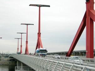 Egy hónapos korlátozás a lágymányosi hídon