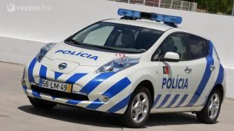 Csendes autó rendőröknek