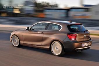100 LE alatti BMW jön
