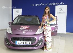 Peugeot-ban a legszebb magyar hölgy