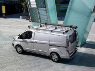 Gyártásban a közepes Ford Transit