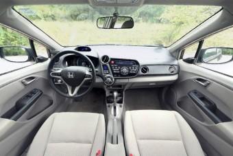 Honda Insight belülről
