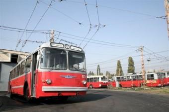 Budapesti hétvége a felsővezeték alatt