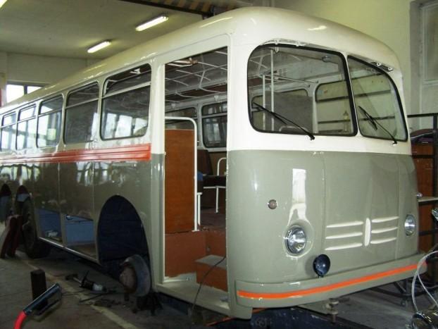Oldtimer Tatra 500HB felújítás alatt