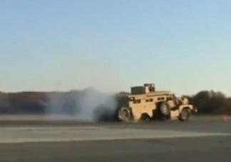 Fékteszten hullott szét a katonai jármű
