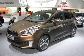 Nagycsaládi autó a Kia-tól: új Carens