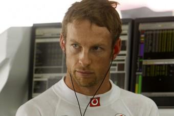 F1: Button a zászlón bukott