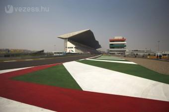F1: Indiában is lendületben Vettel