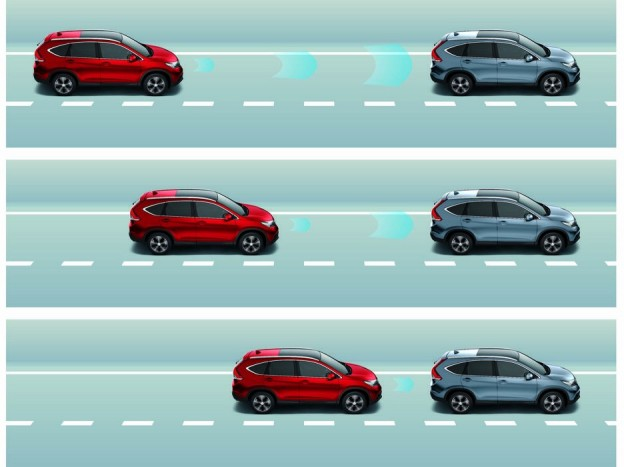 A vezetéssegítő rendszerek tömkelegével autópályán szinte mindent figyel helyettünk az új Honda, távot, sebességet tart, veszélyes távolság esetén lassít