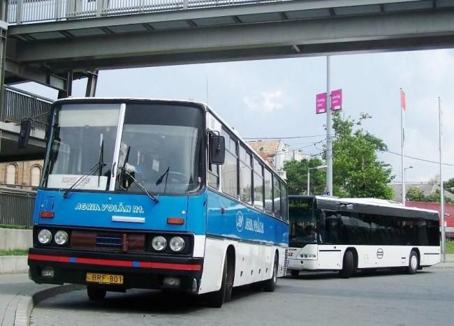 A fotó illusztráció. Völner Pál szerint városi közlekedés fejlesztésre szorul.