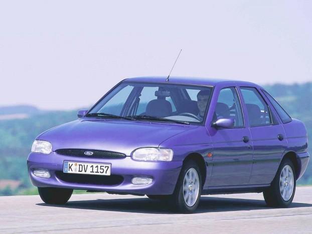 Ha Escort akkor 1995 utáni, oválmaszkos. A kezdeti szériák típushibáit kijavították ezzel a frissítéssel, a típus pedig igen nyomott áron található meg a piacon