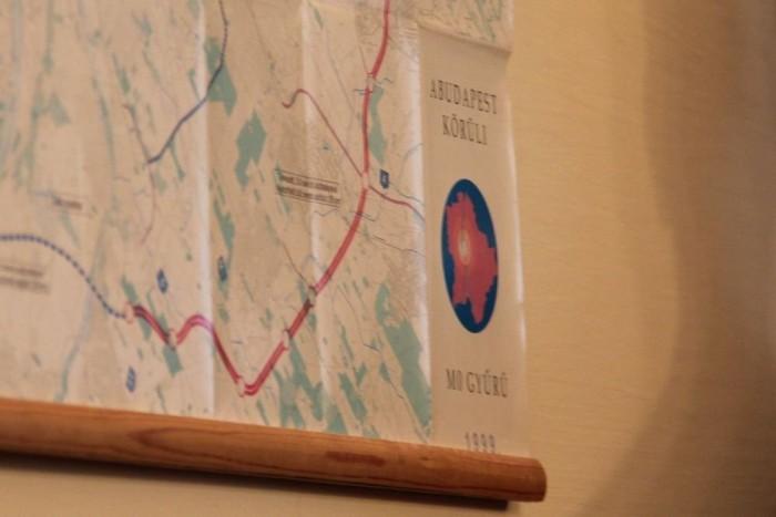 M0-térkép, '99-ből a terem falán