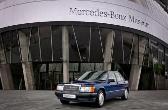 Veteránkorú a Bébi Benz