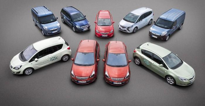 Az Opel az autógáz mellett sűrített földgázas modelleket is behoz. A CNG-s Zafira Tourer és a Combo benzintankja kisebb, mint az LPG-s változatokban, de úgyis az olcsó gázzal érdemesebb autózni, ennek nincs nagy jelentősége