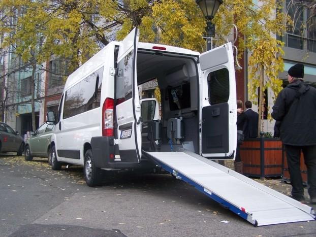 A különleges kialakítású Jumper kilenc személy szállítására képes