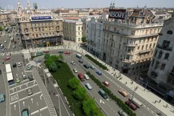 Dugó: Indul a Ferenciek tere felújítása