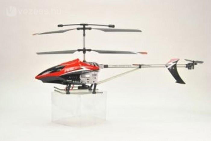 A távirányítós helikopter népszerű a szerkesztőségben