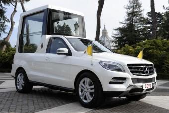 Új autó a pápának