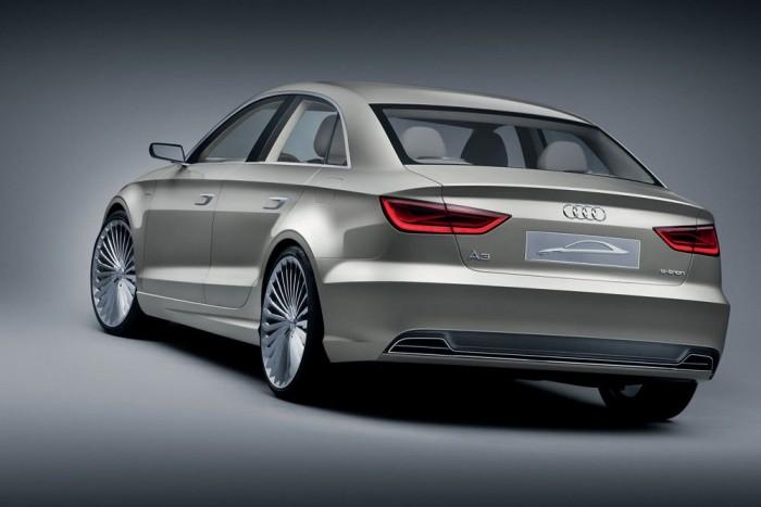 Az A3 limuzin mellett az A3 kabrió illetve a TT kupé és a nyitott TT teljes gyártását is Győrbe telepíti az Audi a modellváltások után. Elsőként az Egyesült Államokban és Kínában lesz kapható az A3 szedán, később a kisebb piacokon is