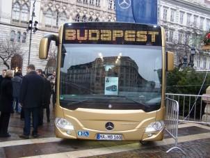 Már gyártják az új budapesti buszokat