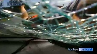 Vérszomjas őrült támadt egy autósra