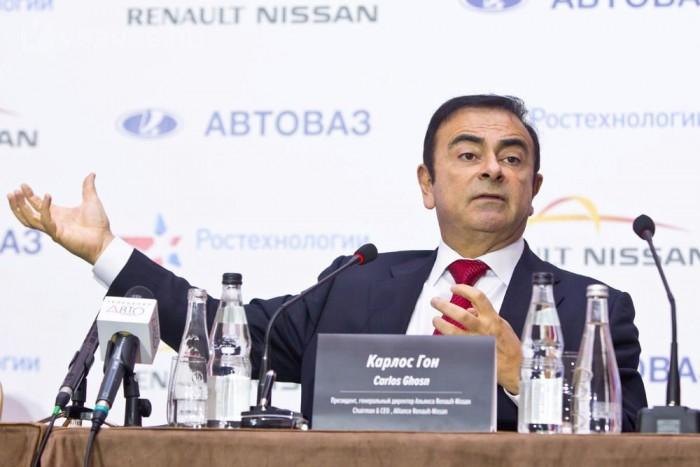 Carlos Ghosn a Nissan, a Renault és a Ladát gyártó Avto VAZ elnöke. A világon tízből egy autót az általa vezetett cégek adnak el