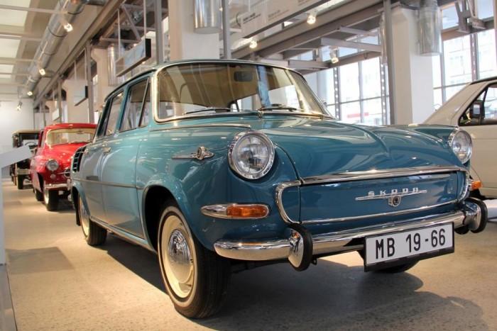 Skoda 1000 MB Typ 995. Elsőrangú technológia az 1960-as évekből. A farmotoros Skoda által diktált vonalat hosszú évtizedekig követte a gyár.