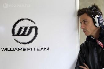 F1: A Mercedes viszi a Williams-főnököt