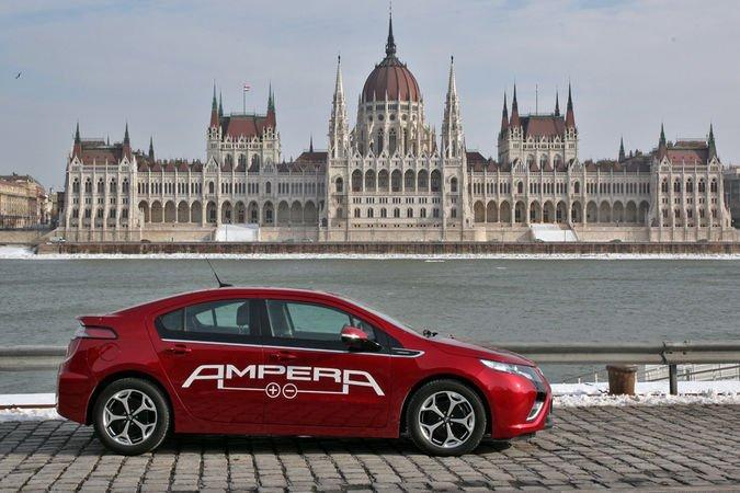 Opel Ampera: a 2012-es Év Autójával 1300 kilométert tettünk meg a teszt során