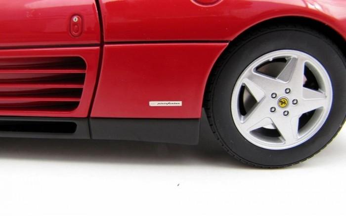 Kötelező elem a Pininfarina logó