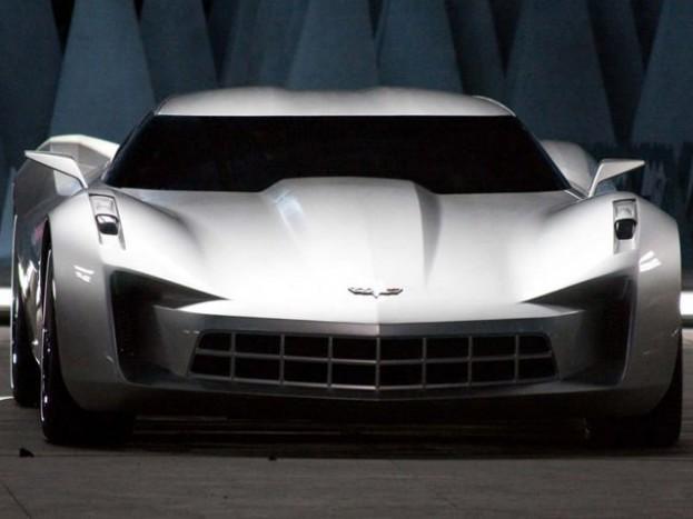 sokáig ilyen, és ehhez hasonló formavilágot képzeletek az új Corvette-nek