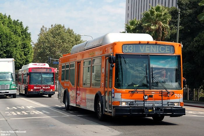 A társaságnál üzemelő NABI autóbuszok egy része már 12-13 éves