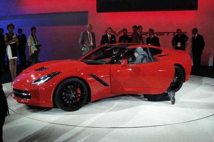 Mondják, hogy Viper lámpái vannak elöl az új Corvette-nek, de nekem nagyon tetszett (Plusz kép a kocsiról a galériában!)